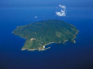 その頃父が赴任していた黒島-週に船が2便でした