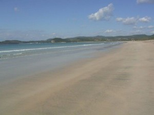 小学校1年間と中学2年間を過ごした阿久根の海岸-東シナ海へ続く海
