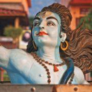 ロールモデルがいなければ、インドの神々あたりをロールモデルにするといいよ!